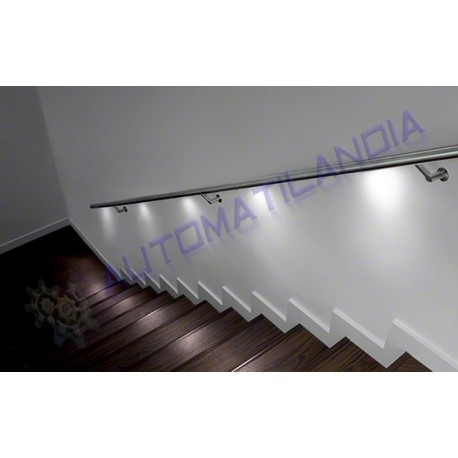 Barandilla pasamanos de acero inoxidable iluminada con for Escaleras con luz