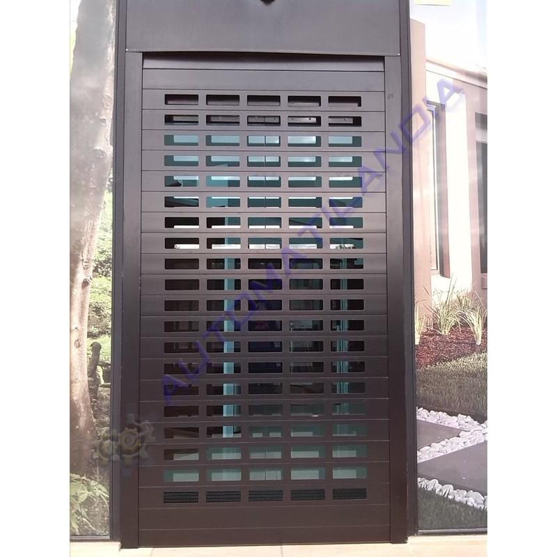 Pa o puerta enrollable aluminio troquelada lacada negro - Puerta balconera aluminio ...
