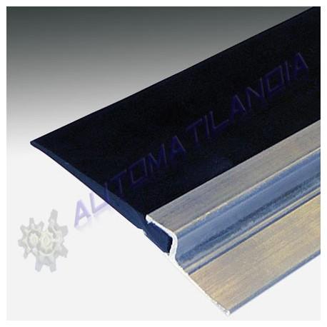 Perfil aluminio y goma protección tapajuntas para puertas batientes (metro lineal)